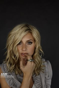 Medium length. - This is what I want my hair to do!