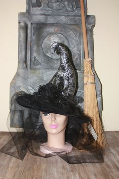 Silver witch hat