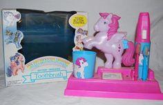 My Little Pony toothbrush set ...