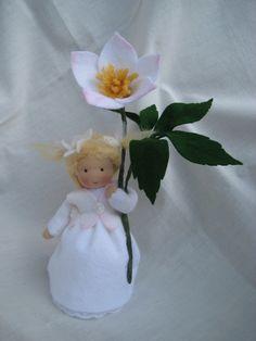 Deko-Objekte - Blumenkind-Christrose für den Waldorf-Jah... - ein Designerstück von Blumenkinder-Unikate bei DaWanda