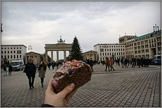 Glühweincake only in Berlin 🎈🎅🏻🎄🍷🇩🇪 #cake #christmas #baking #gluhwein #christmascake