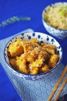 Kurczak w sosie pomarańczowym z sezamem to danie dla tych, którzy lubią niebanalne smaki oraz połączenie mięsa z owocami. Tofu, Catering, Curry, Food And Drink, Chinese, Chicken, Meat, Baking, Ethnic Recipes