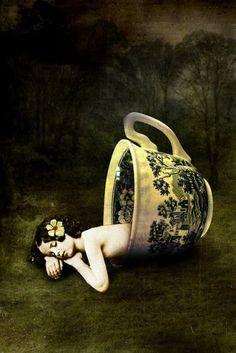 Teacup fairy... or Thumbelina...