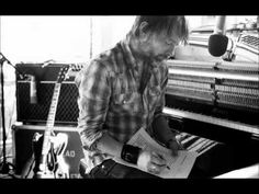 Radiohead - Motion Picture Soundtrack live (1997) - YouTube