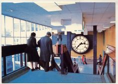 gregory's girl clock in Cumbernauld shopping centre