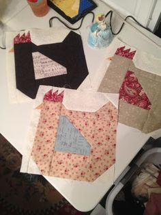 In a Cottage in the Woods: Hen Quilt