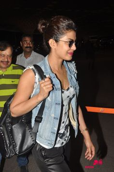Priyanka Chopra snapped at the airport departing for the shoot of 'Quantico'