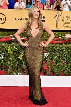 Pin for Later: Wir nehmen euch mit auf den roten Teppich der SAG Awards! Jennifer Aniston