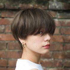 Short Sassy Haircuts in 2020 Short Hair Tomboy, Tomboy Haircut, Tomboy Hairstyles, Girl Short Hair, Hairstyles Haircuts, Short Hair Cuts, Short Sassy Haircuts, Girl Haircuts, Asian Short Hairstyles