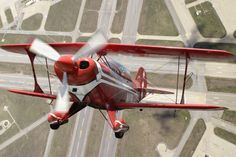 Pitts Special S-2B - Photography by Larry McManua