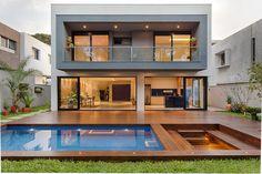 Modern Exterior House Designs, Modern House Facades, Modern Villa Design, Dream House Exterior, Modern Architecture House, Architecture Design, Bedroom Minimalist, Minimalist House Design, Minimalist Interior