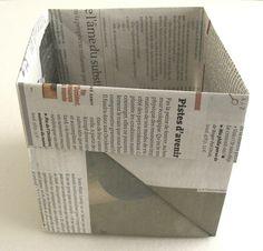 Panier / poubelle en papier journal