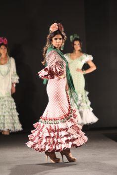 Colección #Añejo de @Maria de los Angeles Costa Garrido #SIMAR Pasarela Flamenca Almonte #trajesdeflamenca #moda