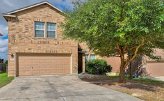 1311 Loma Sierra - 3 living areas, 5 bedrooms, 3 baths plus a panoramic view of the San Antonio skyline for $215,000 MLS #1311175
