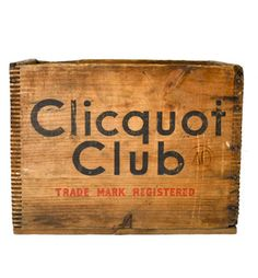 Cliquot Club 50's Wooden Crate