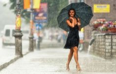 Have a rainy day session.  http://www.incrediblesnaps.com/45-lovely-photographs-of-rain' target='_blank'>www.incrediblesna...