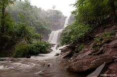 Kaaterskill Falls and the Bayard of Dogs | Atlas Obscura