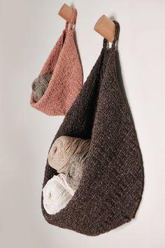 Small Knitting Projects, Knitting Kits, Yarn Projects, Loom Knitting, Knitting Stitches, Knitting Patterns Free, Knit Patterns, Free Knitting, Christmas Knitting Patterns