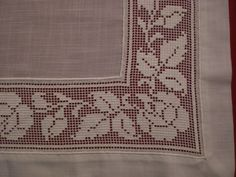 Seril Dowry: Antep work bedroom with Swiss linen . Filet Crochet, Crochet Borders, Knit Crochet, Hardanger Embroidery, Cross Stitch Embroidery, Embroidery Patterns, Bordado Popular, Drawn Thread, Bobbin Lace