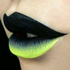 Black & Neon Green Gradient Lip Art
