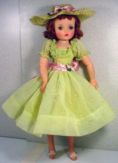 Beautiful 1950's Madame Alexander Cissy in Spring Ensemble! from fourtyfiftysixty on Ruby Lane