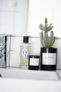 Tubereuse is my favourite Diptyque candle. I bet I'd love it in this format too...