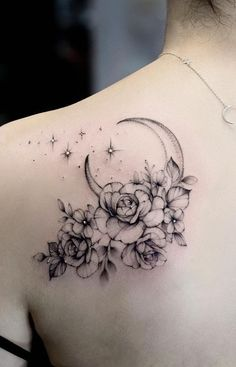 Feed Your Ink Addiction With 50 Of The Most Beautiful Rose Tattoo Designs For Me. - Feed Your Ink Addiction With 50 Of The Most Beautiful Rose Tattoo Designs For Men And Women – ro - Tattoo Femeninos, Tattoo Mond, Tattoo Dotwork, Unalome Tattoo, Back Tattoo, Body Art Tattoos, Small Tattoos, Girl Tattoos, Sleeve Tattoos