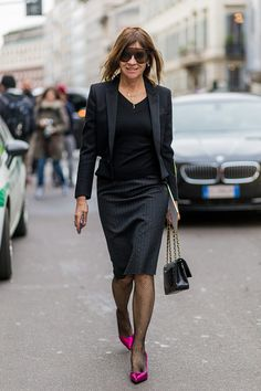 Julia Restoin Roitfeld, Carine Roitfeld, Stylish Outfits, Office Outfits, Fashion Beauty, Womens Fashion, Professional Look, Parisian Chic, Casual Chic