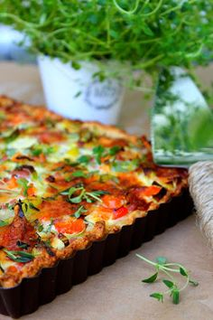 Kakkuviikarin vispailuja!: Herkullinen kinkkupiirakka Ketogenic Recipes, Diet Recipes, Cake Recipes, Vegan Recipes, Keto Results, Keto Dinner, I Love Food, Vegetable Pizza, Mashed Potatoes