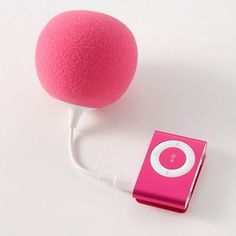 balloon speaker from poketo  It will be better if the color of the speaker not only match with my room but also my music player
