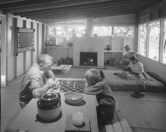 Breuer House. Breuer on the left, son Tom, Wife Connie on the right, Daughter Cesca