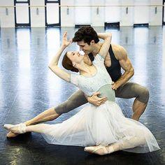 Svetlana Zakharova and Roberto Bolle - Manon
