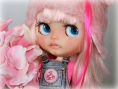 Blythe A Day ~ May 2014 ~ DAY 19 STRAWBERRIES | Flickr - Photo Sharing!