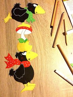 Hobbies For Kids, Hobbies And Crafts, Diy And Crafts, Crafts For Kids, Arts And Crafts, Paper Crafts, Halloween Girlande, Rabe, Autumn Crafts