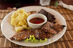 Ostrich meat yummy stuff!!!! Guatemalan Recipes, Guatemalan Food, Ostrich Meat, South African Recipes, Secret Recipe, Venison, Dessert Recipes, Desserts, International Recipes