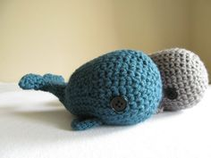 Crochet whales! Nautical baby shower decor/favors/prizes.