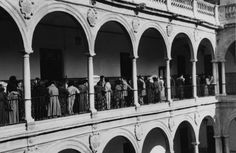 Universidad de Murcia c.1957 : Business Center Metropolis Empire - Page 365