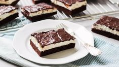 Odlehčené Míša řezy: s méně cukrem, ale stejně dobré Cake, Sweet, Desserts, Recipes, Fit, Big Shot, Baking Ideas, Youtube, Scrappy Quilts