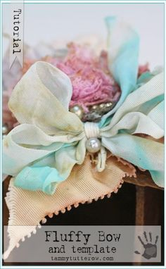 Tammy Tutterow Tutorial | Fluffy Bow and Template