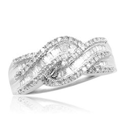 10k White Gold Diamond Twist Ring (1/2 cttw, I-J Color, I3 Clarity)