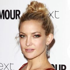 See how Kate Hudson mastered this look Pretty Hairstyles, Easy Hairstyles, Wedding Hairstyles, Beauty Makeup, Hair Makeup, Hair Beauty, Beauty Secrets, Beauty Hacks, Red Carpet Makeup