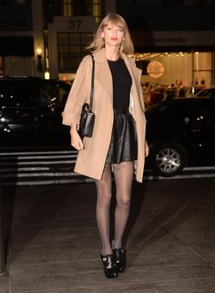 Taylor Swift's 'Blank Space' Video Reaches 15 Million Views!: Photo Taylor Swift shows off her super sleek street style while heading into Nobu for dinner on Tuesday evening (November in New York City. Taylor Swift Album, Taylor Alison Swift, Celebrities In Stockings, Celebrity Stockings, Street Style 2014, Taylor Swift Pictures, Black Leather Skirts, Fashion Pictures, Blazer Jacket