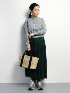 ZOZOTOWN | クボヤシャツ/ブラウス「URBAN RESEARCH DOORS WOMENS UNIFY ノーカラーシャツ」를(을) 사용한 코디네이트