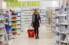 """In Gent en Antwerpen komen de eerste Vlaamse mega-apotheken van bijna 1.000 m² groot. """"Platte commercie"""", zegt de Apothekersgilde. """"Apotheken zijn er om me..."""