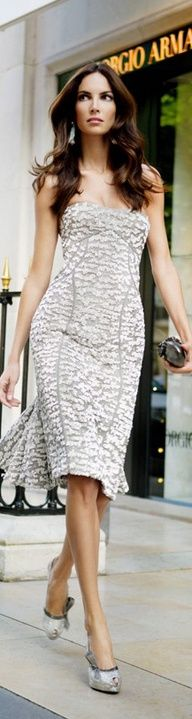 Anna Lee-- where can I go so I can wear this dress?!