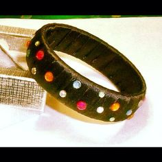 Fabric speckled bangle by ACD Jewellery. Online shop @ etsy.com/shop/acdjewellery