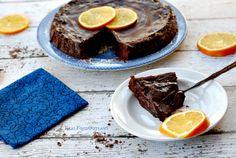 Flourless Chocolate Cake - Mediterranean Paleo Cooking #glutenfree #grainfree #paleo