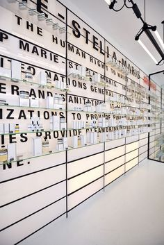 Environmental Graphic Design, Signage Sistems, Interior wayfinding, señaletica para empresas, diseño de locales comerciales Canton Crossing | #Wayfinding | #Signage