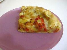 Questa ricetta della torta salata con peperoni e patate non potete perdervela! Questa ricetta è la mia variante della pizza rustica patate e peperoni che prepara la