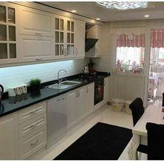 Okan brain black and white glamorous cuisine . Kitchen Island Decor, Kitchen Room Design, Interior Design Kitchen, Kitchen Cabinets, Living Room Decor Cozy, Home Decor Bedroom, Küchen Design, House Design, Cuisines Design